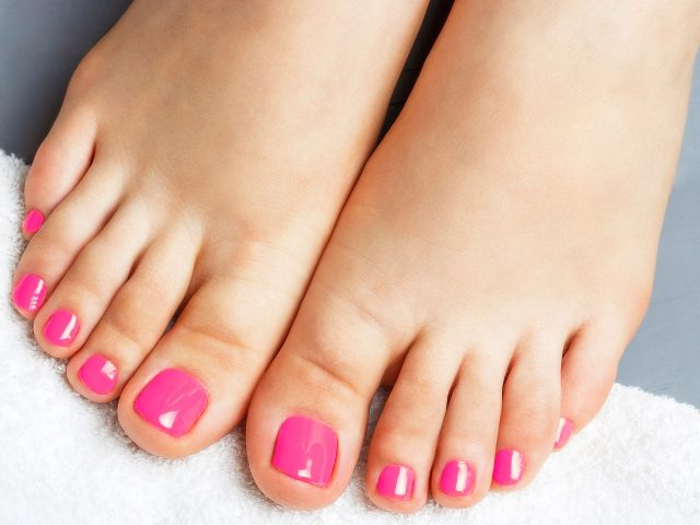https://www.pedicure-sanne.be/wp-content/uploads/2020/05/collorgel-640x480.jpg